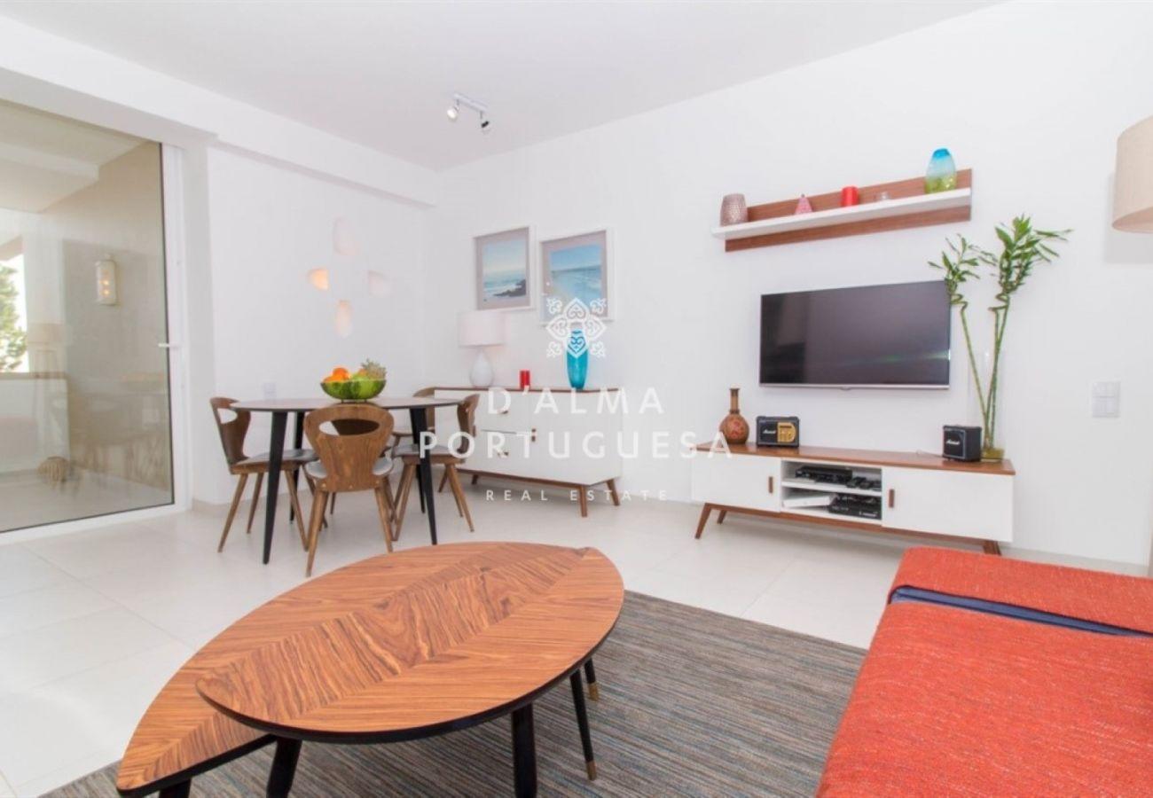 Apartment in Albufeira - Aveiros Beach Apartment - D'Alma Laskar