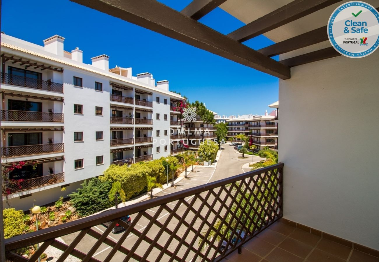 Apartment in Albufeira - Falésia Beach Apartment